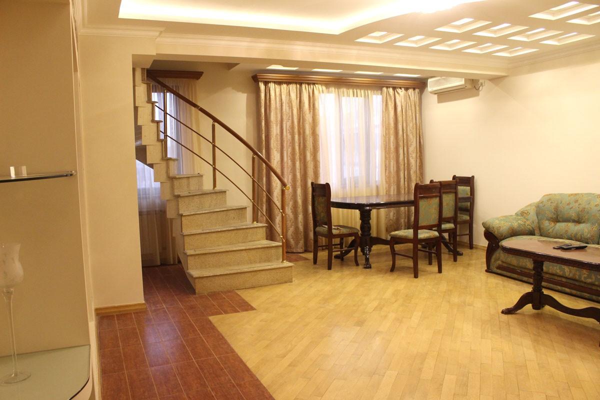apartment-318813