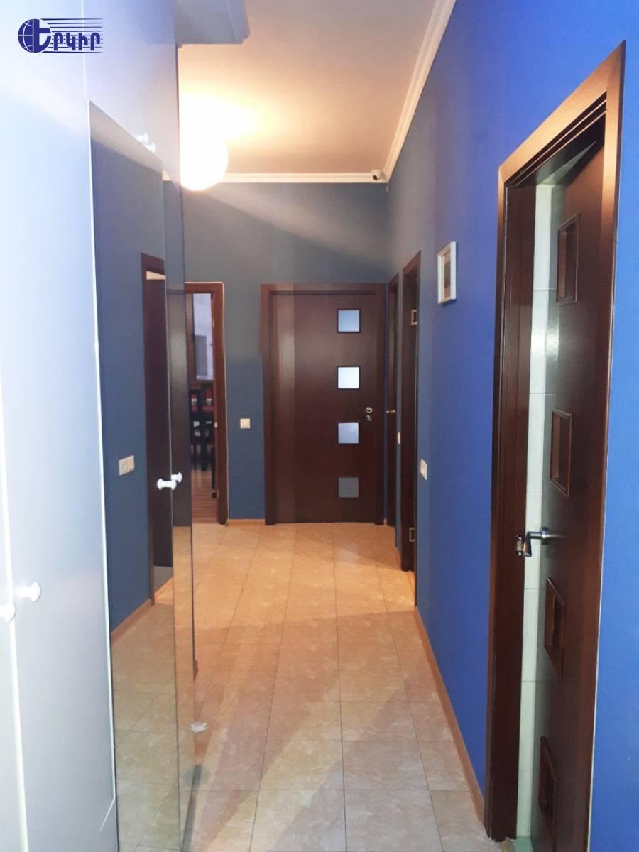 apartment-444487