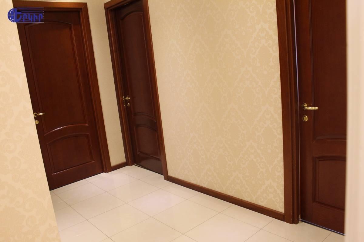 apartment-377545