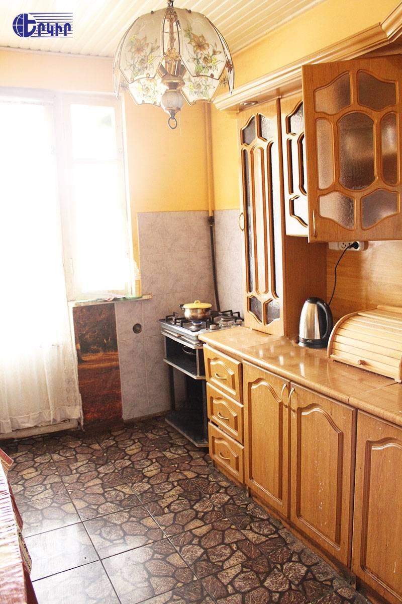 apartment-392475