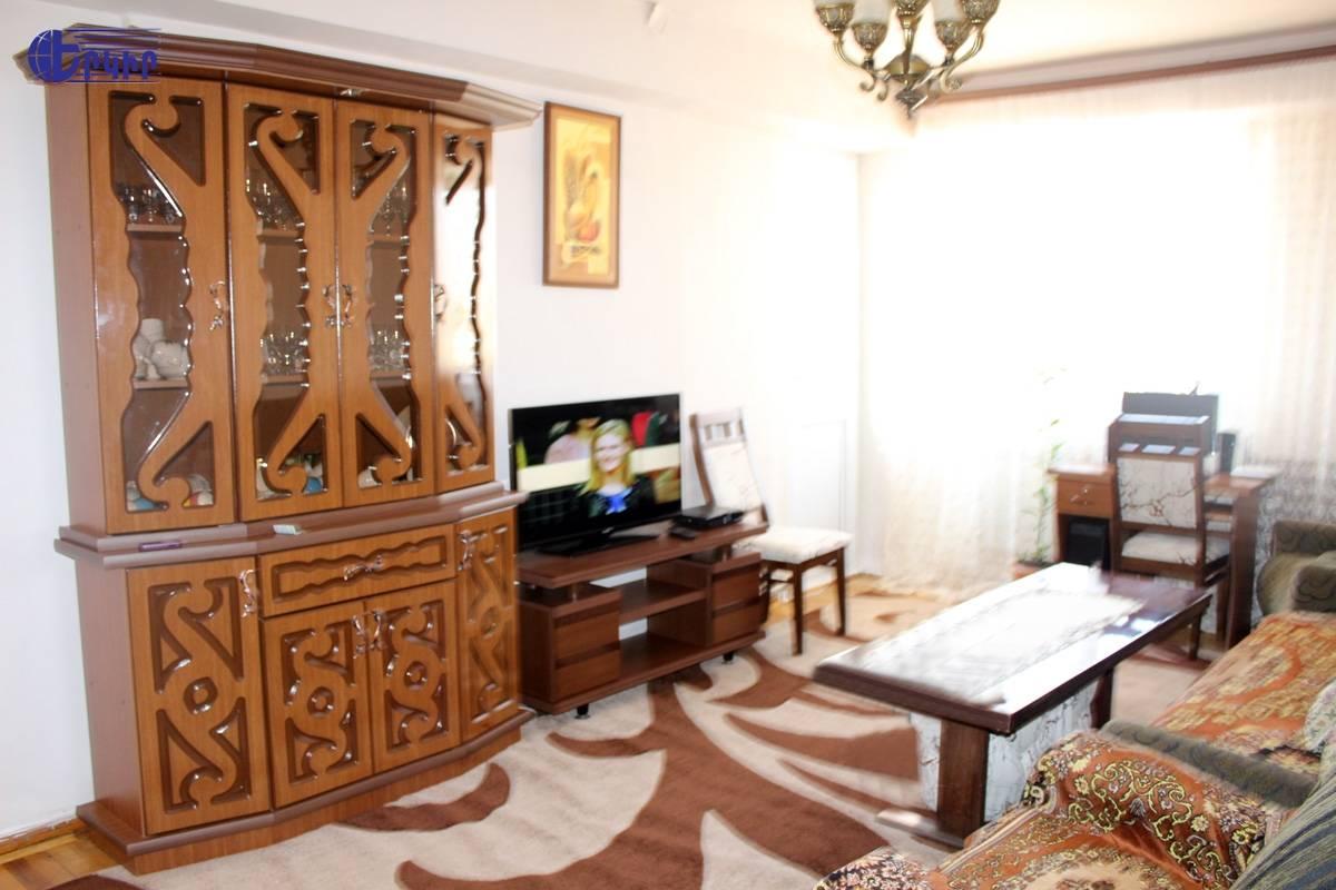 apartment-247382