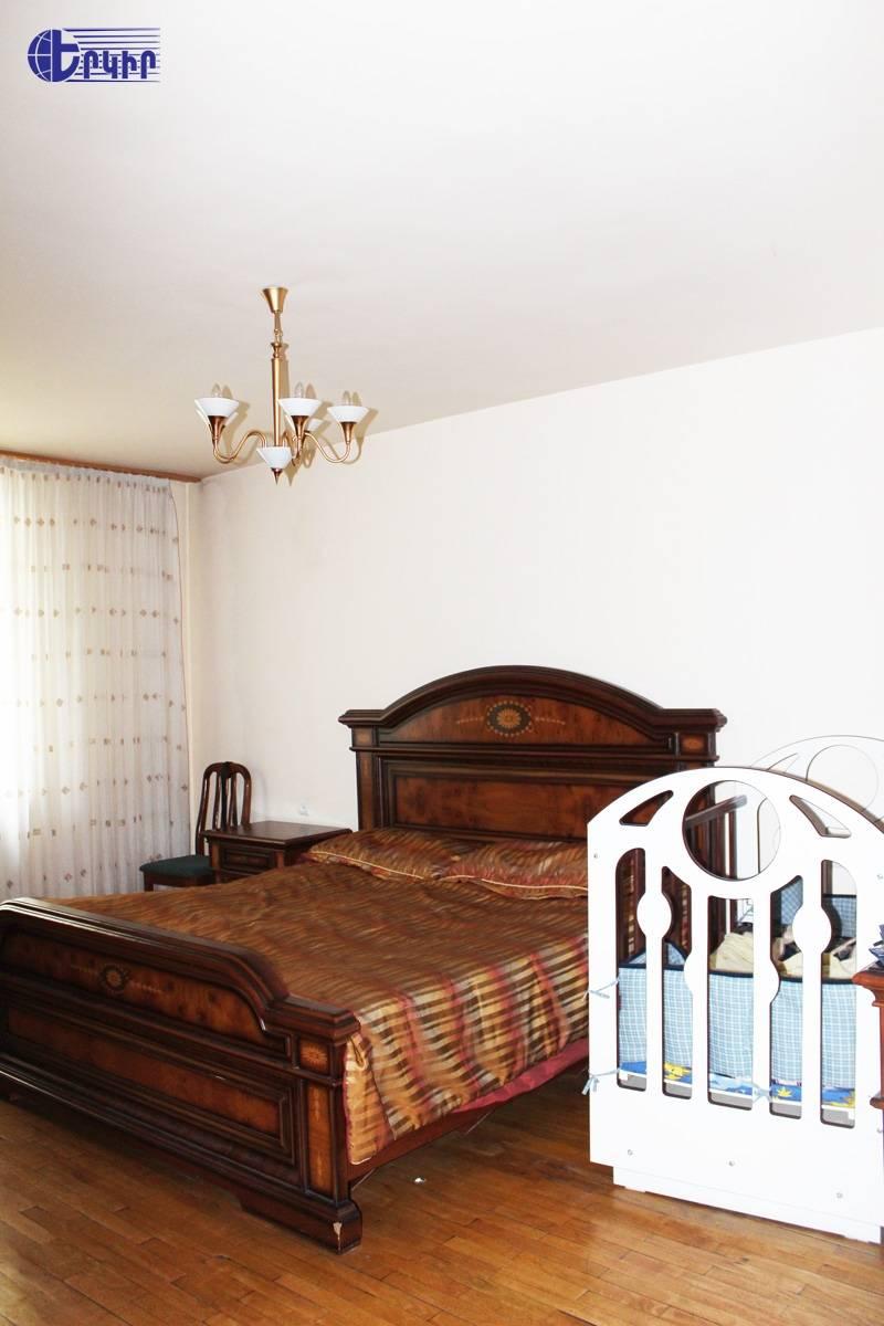 apartment-172850