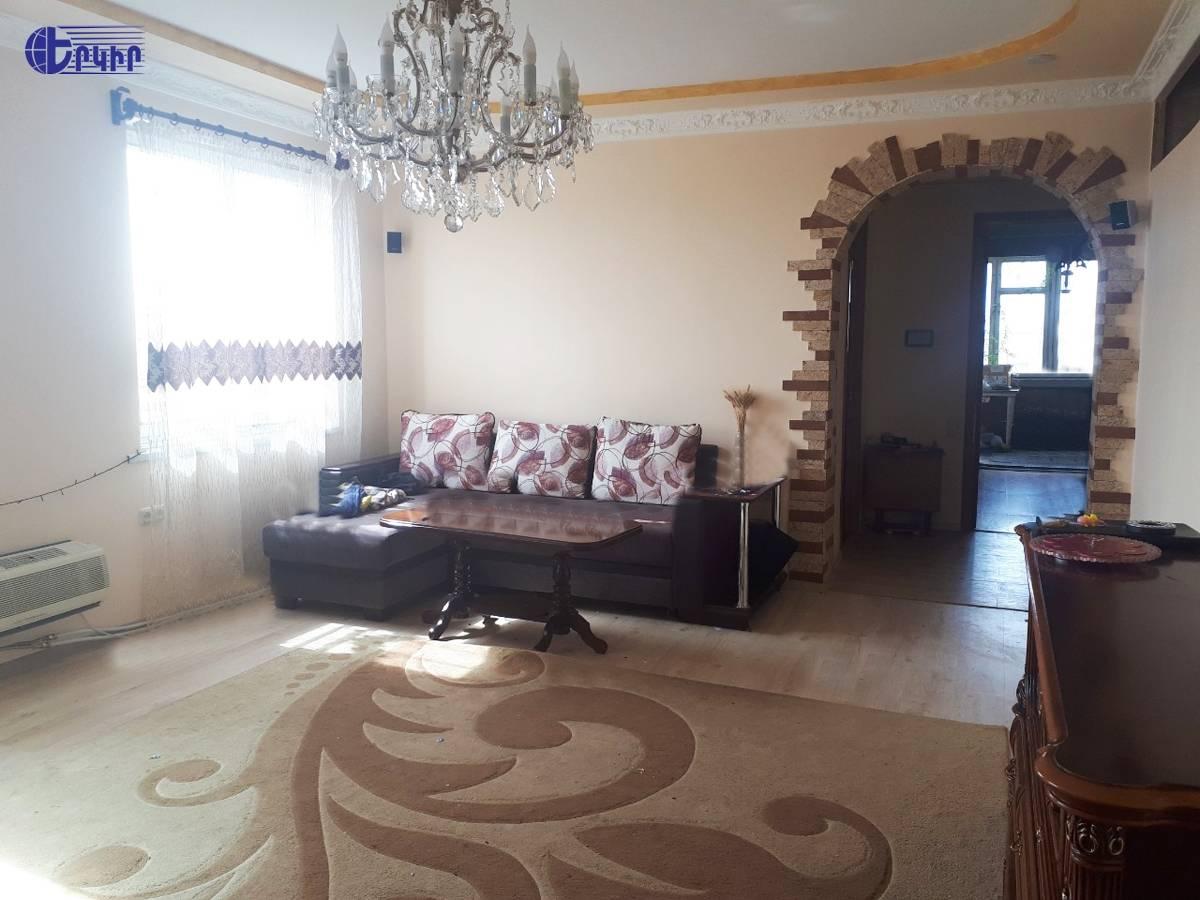apartment-401940