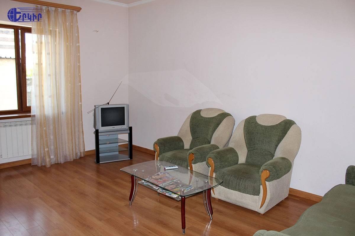 apartment-124345