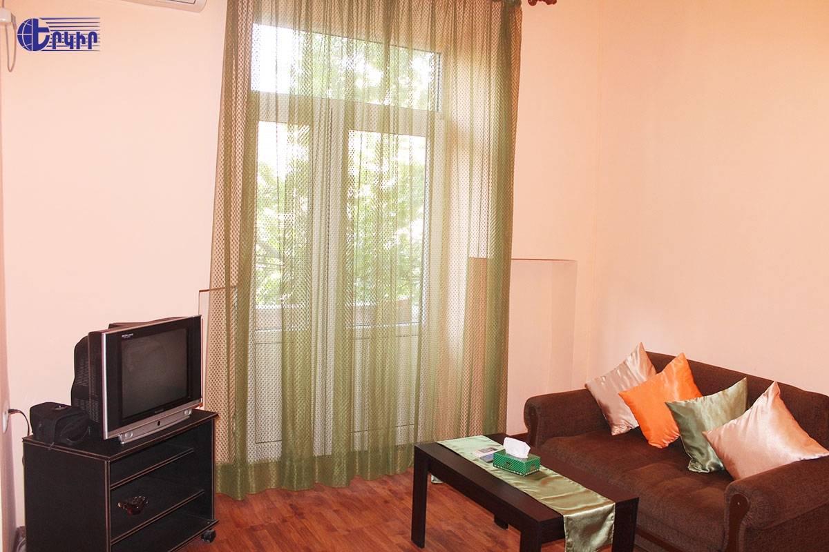 apartment-335208