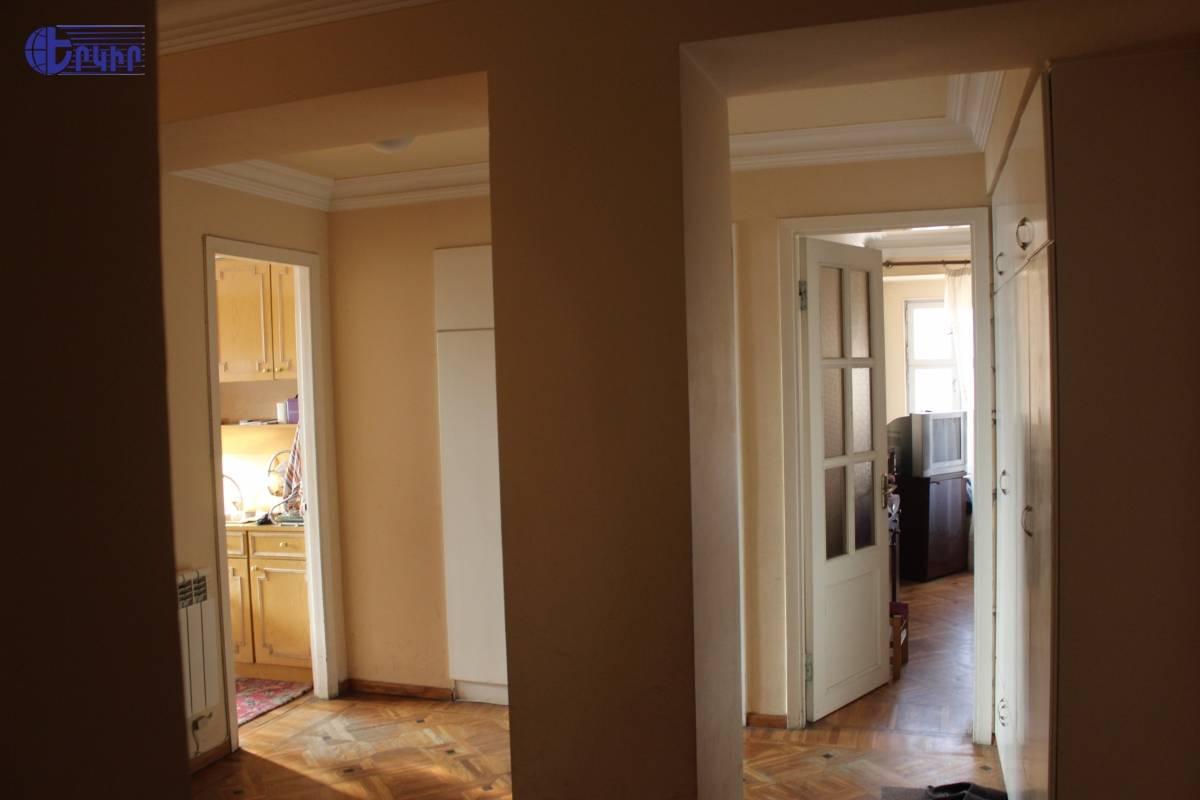 apartment-370251