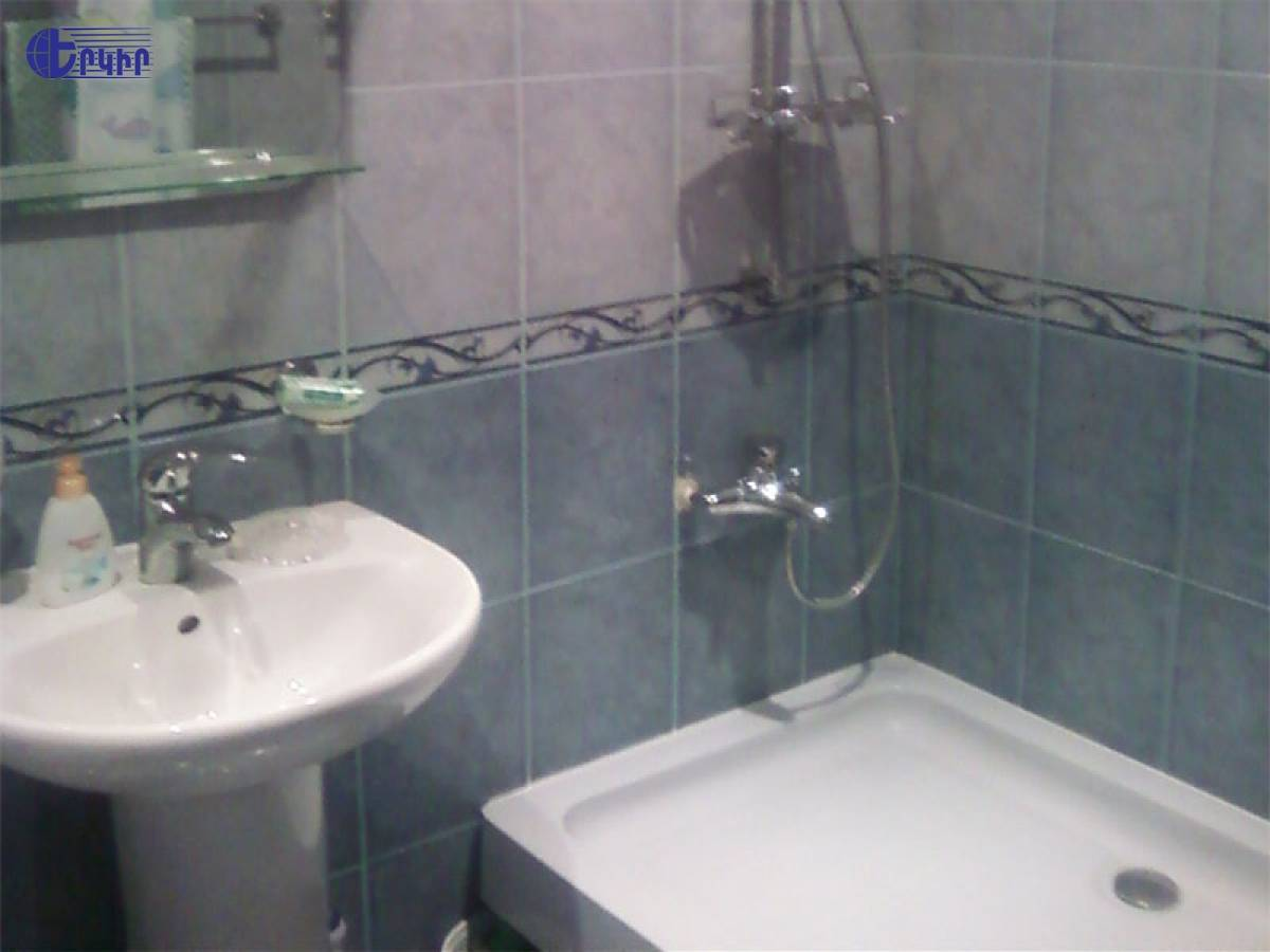 apartment-42161