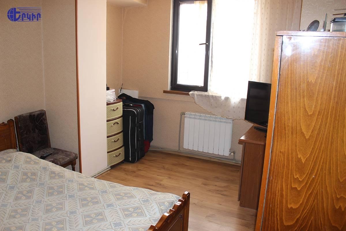 apartment-451852
