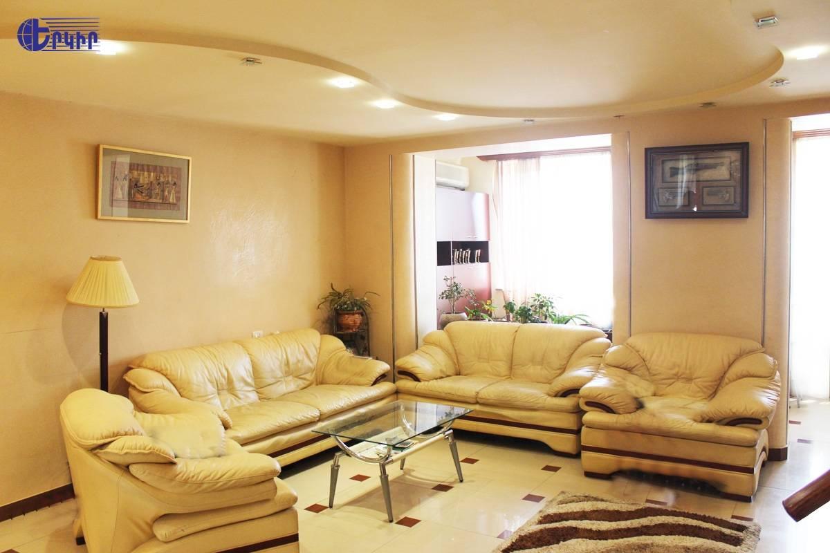 apartment-234403