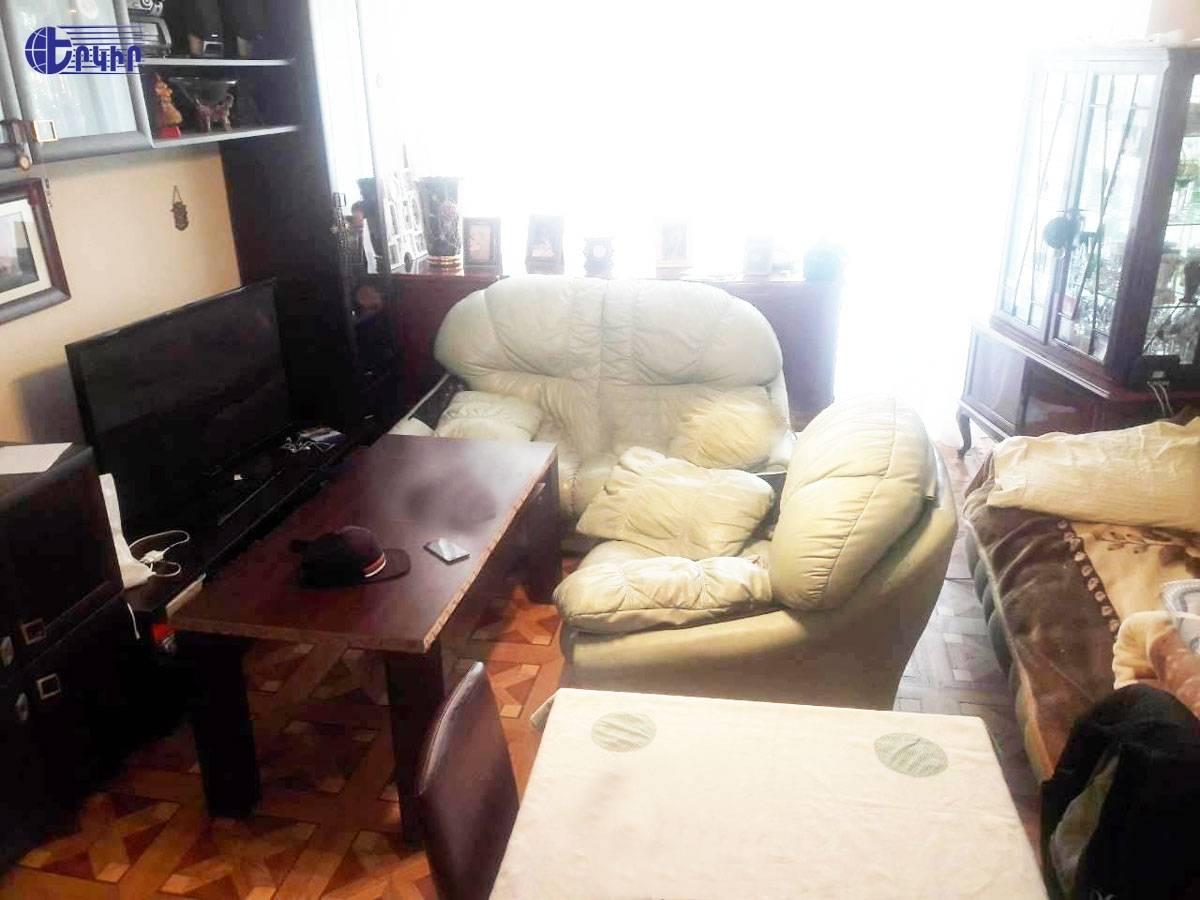 apartment-395750